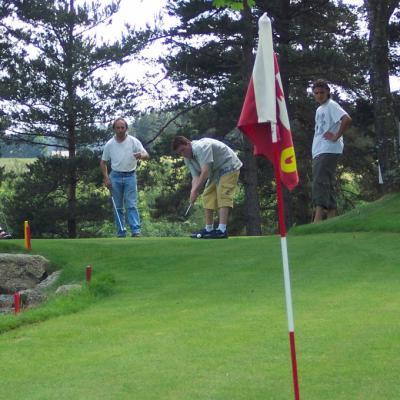 Une partie de puntting golf